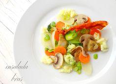 """cocinaros: Ensalada """"Bras"""" Fruit Salad, Cobb Salad, Sushi, Ethnic Recipes, Food, Gastronomia, Cooking Recipes, Salads, Vegetables Garden"""