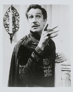 "The incredible Vincent Price in ""The Masque of the Red Death"" 1964 Vincent Price, Classic Horror Movies, Classic Movies, Vintage Hollywood, Classic Hollywood, Hammer Horror Films, Peter Cushing, Famous Monsters, Star Wars"