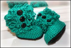 crochet baby fluffy boots with buttons black by TheJellyBoutique, $25.00