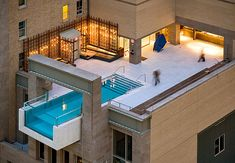 Piscine au design spectaculaire à Dallas, The Joulle Hotel Pool. Amazing Architecture, Interior Architecture, Interior And Exterior, Miami Architecture, Interior Balcony, Residential Architecture, Interior Design, Interior Ideas, Piscina Do Hotel