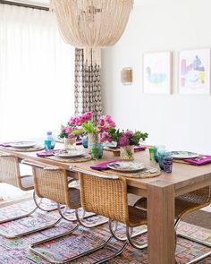 """315 Me gusta, 9 comentarios - El Blog del Decorador (@blogdecorador) en Instagram: """"Amor a primera vista por el comedor bohemio de @caitlin_moran_interiors, me encantaron los colores,…"""""""
