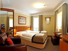 Hotel/Zimmer 4 Star Hotels, Good Night Sleep, Elevator, Safety, Boxes, Bicycle, Room, Furniture, Design