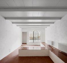 XVI Tiles of Spain Award. Interior Mentions: ARQUITECTURA-G, house renobation, La Tallada d'Empordà, 2017. Photo José Hevia