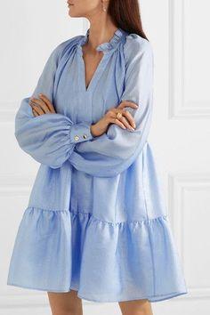Jasmine Crinkled-Taffeta Mini Dress Source by abiti Summer Dress Outfits, Casual Dresses, Fashion Dresses, Short Dresses, Loose Fit Dresses, Look Fashion, Womens Fashion, Fashion Design, Fashion Tips