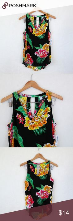 Tropical Sleeveless Top [new] New with tags! Lightweight, perfect for spring & summer! Size small Old Navy Tops Tank Tops