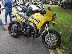 Yamaha TDR250 Base RZV500 2stroke Engine