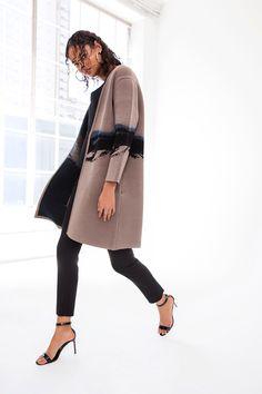 Cushnie et Ochs New York - Pre-Spring 2019 - Shows - Vogue. Women's Runway Fashion, Fashion Mode, Latest Fashion Trends, Fashion Edgy, Fashion Brands, Fall Outfits For Work, Fall Fashion Outfits, Cool Outfits, Fashion Ideas
