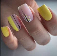 Pale Pink Nails, Beige Nails, Yellow Nails, Hot Nails, Swag Nails, Spring Nails, Summer Nails, Hot Nail Designs, Short Square Nails