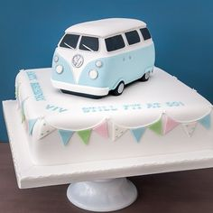 where to buy wedding cake 2 tier wedding cake vw beetle and camper cake ideas 27153