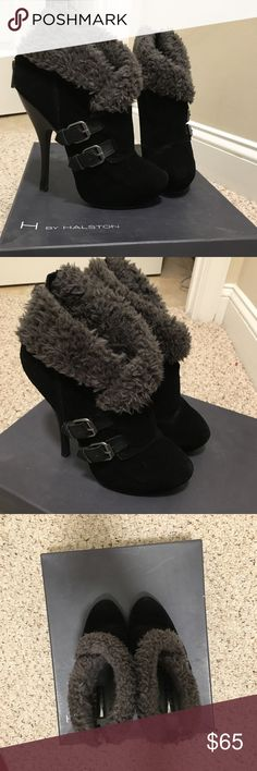 Bakers size 7 suede 3.5 inch platform ankle boots Barely worn H by Halston ankle platform zip closure platform boots. Size 7 but roomy for 7.5 foot. Excellent condition. Gray Sherpa ant the ankle. Very stylish and extremely rare!!! H by Halston Shoes Heeled Boots