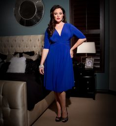 flipping gorgeous sapphire dress from Kiyonna #plussize