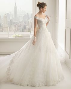 princess wedding dress, Rosa Clara, Chantilly and lace dress with beading and taffeta sash in a natural colour.