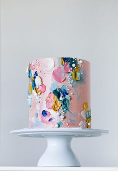 Want your cakes to stand out on social media? These 6 keys will show you how to develop your own unique cake style to catapult your cake business above the rest! Elegant Birthday Cakes, Pretty Birthday Cakes, Pretty Cakes, Cute Cakes, Beautiful Cakes, Amazing Cakes, Unique Cakes, Elegant Cakes, Cake Decorating Techniques