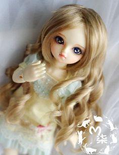 http://www.ebay.com/itm/1-4-7-8-BJD-MSD-1-6-6-7-BJD-Wig-Dollfie-13-YOSD-BB-Doll-long-curly-Hair-/321642576305?hash=item4ae36439b1:g:2YsAAOSwgZ1XrFfx