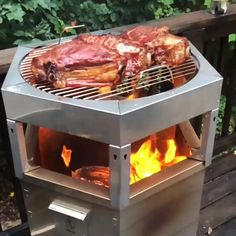 The Hot Ash Grill gets you the perfect sear without charring your food! Outdoor Kitchen Patio, Pizza Oven Outdoor, Outdoor Cooking, Outdoor Barbeque, Wood Grill, Bbq Grill, Grilling, Grill Gas, Best Portable Grill