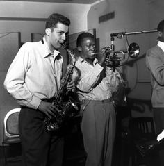 Rudy Van Gelder Sidney Bechet Alfred Lion and Thelonious Monk Eric Dolphy and Kenny Dorham Sonny Clark and Philly Joe Jones Cliff. Miles Davis, Jazz Artists, Jazz Musicians, Music Artists, Kenny Dorham, Jackie Mclean, Sidney Bechet, Eric Dolphy, Francis Wolff