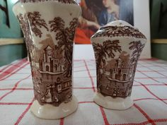 """Mason's """"Vista"""" Brown Transferware Set of Salt and Pepper. Made in England. by HomecomingDiningRoom on Etsy"""