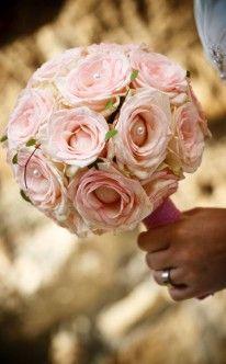 Brautstrauß: Zarte Rosen in rose / bridal bouquet