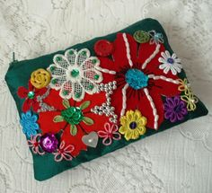 Green silk embroidered purse  £9.00