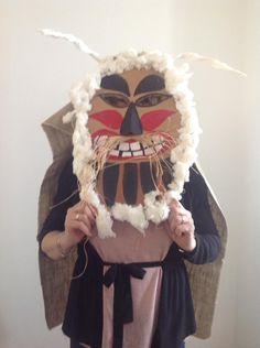 forrás: Fb Carnival Masks, Techno, Wreaths, Costumes, Facebook, Cool Stuff, Halloween, School, Winter