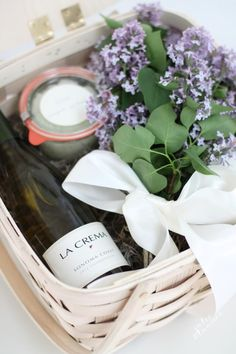DIY Hostess Gifts That Will Get You Invited Back: DIY Relaxing Gift Basket