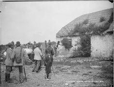 One of the lowlights of British tyranny in Ireland was the landlord system, and one of the corollaries, eviction of tenants from their properties. These are pictures of some evictions. Old Images, Old Photos, Vintage Photos, Irish Famine, County Clare, Perfect World, The Ordinary, American History, Celtic