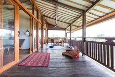 Sjekk ut dette utrolige stedet på Airbnb: Gorgeous Canggu Teak Family Home - Hus til leie i Mengwi