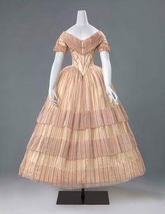 1850s Fashion, Victorian Fashion, Vintage Fashion, 1800s Dresses, Old Dresses, Vintage Gowns, Vintage Outfits, Viktorianischer Steampunk, 19th Century Fashion