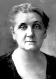Jane Addams fue una socióloga feminista, pacifista y reformadora estadounidense. En 1889 fundó la Hull House junto a Ellen Gates Starr, que hoy en día es un museo. Mantuvo una relación romántica con Mary Rozet Smith, que describió como matrimonio. Wikipedia      Fecha de nacimiento: 6 de septiembre de 1860, Cedarville, Illinois, Estados Unidos    Fecha de la muerte: 21 de mayo de 1935, Chicago, Illinois, Estados Unidos    Educación: Rockford University (1881)
