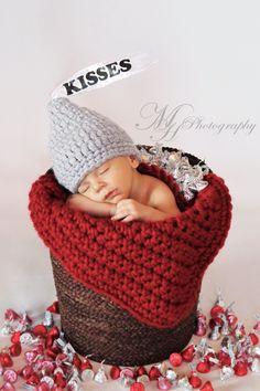 and baby photography Valentine's Day Baby Photo Ideas Valentinstag Hershey Kiss Babyfotografie