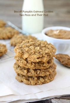 Biscoff Pumpkin Oatmeal Cookies | Two Peas and Their Pod | www.twopeasandtheirpod.com #recipe #cookies #pumpkin