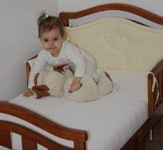Krásná postýlka pro krásnou princeznu Toddler Bed, Furniture, Home Decor, Homemade Home Decor, Home Furnishings, Decoration Home, Arredamento, Interior Decorating