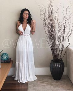 Swans Style is the top online fashion store for women. Shop sexy club dresses, jeans, shoes, bodysuits, skirts and more. White Crop Top Outfit, Day Dresses, Summer Dresses, Prom Dresses With Pockets, Maxi Robes, Little White Dresses, White Fashion, Feminine Fashion, Wedding Suits