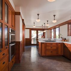 traditional kitchen by Bali Construction