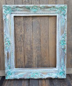 Perfect French Shabby Chic Interior Design – Shabby Chic Home Interiors Vintage Picture Frames, Wood Picture Frames, Picture On Wood, Shabby Chic Frames, Shabby Chic Style, Shabby Chic Decor, Shaby Chic, Distressed Frames, Decor Scandinavian