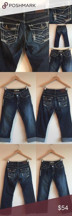 🎀 BKE Jeans 🎀 Cropped Capri Jeans, Size 26 X 26 Excellent used condition!  Adorable and detailed pockets!  💗💗💗 (A6X20416PC) BKE Jeans