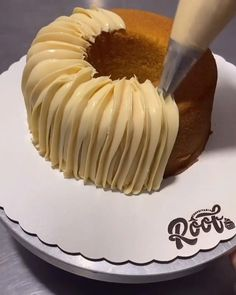 Cake Decorating Frosting, Cake Decorating Designs, Creative Cake Decorating, Cake Decorating Videos, Cake Decorating Techniques, Creative Cakes, Cake Designs, Dump Cake Recipes, Dessert Recipes