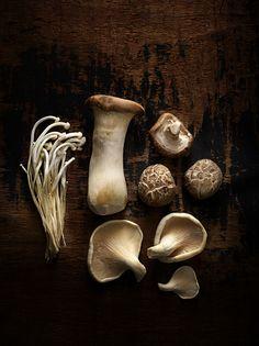 The Whole Pantry Mixed Mushrooms Enoki Oyster Shitake