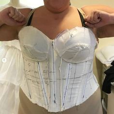 Fitting and drafting a custom plus size corset. Diy Corset, Corset Blouse, Corset Outfit, Corset Belt, Overbust Corset, Plus Size Corset, Plus Size Sewing, Clothing Patterns, Dress Patterns