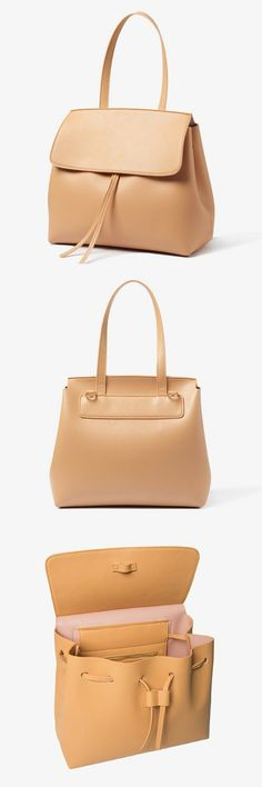 Beautiful nude crossbody bag. Simple and elegant. Perfect for any occasion. #crossbodybag #nude #fauxleather #elegant #minimalist #womensfashion #commissionlink