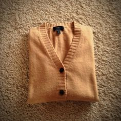 J Crew Camel Wool Cashmere Boyfriend Cardigan J Crew camel boyfriend cardigan. Great color!  Nice blend, lightweight and warm.  55% wool, 30% nylon, 15% cashmere. Size Medium. J. Crew Sweaters Cardigans