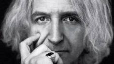 62 ετών γίνεται σήμερα ο Νίκος Καρβέλας | Cretan Magazine