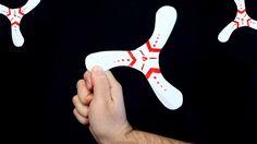 """Considero o bumerangue um dos brinquedos mais criativos. Soltar um """"Y"""" no ar que volta sozinho para a sua mão é incrível."""