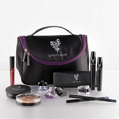 Perfect money saving starter kit. I need this makeup kit! Bronzer, foundation, mineral eye shadow pigments, eye/lip liners, 3D fiber mascara (alternative to false lashes) and lip stain (matte lip colour that stains lips to last all day) Show Stopper Collection www.butterflylash3d.com