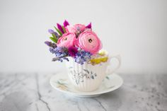 15 Gorgeous Flower Tricks That Will Blow Your Mind  - CountryLiving.com
