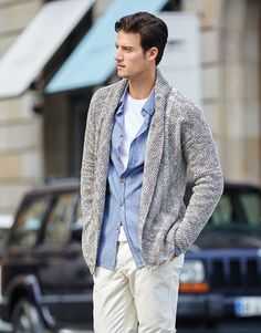 Katia Cotton Vintage Jacket for men. #BlueJeans Spring · Summer #Colortrend 2015 #KatiaYarns
