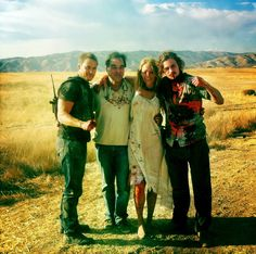 bloominidiot:    BTS pic of Kitsch, Aaron Johnson and Blake Lively with director Oliver Stone while filming Savages  Credit and thanks to the original poster, amie-amie :)