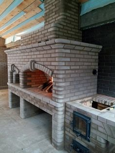 Outdoor Kitchen with Pizza Oven . Outdoor Kitchen with Pizza Oven . Pin On Ideje Patio Grill, Backyard Patio, Patio Bar, Backyard Landscaping, Outdoor Stone Fireplaces, Brick Bbq, Four A Pizza, Pizza Oven Outdoor, Backyard Fireplace