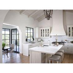 "@beckiowens's photo: ""This weeks sales picks are up on Beckiowens.com.  Love this kitchen image via Rsassoc.com"""