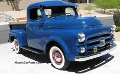 Chevy trucks aficionados are not just after the newer trucks built by Chevrolet. They are also into oldies but goodies trucks that have been magnificently preserved for long years. Gmc Trucks, Jeep Pickup Truck, Vintage Pickup Trucks, Dodge Pickup, Vintage Cars, Chevy 4x4, Antique Trucks, Antique Tractors, Truck Camper